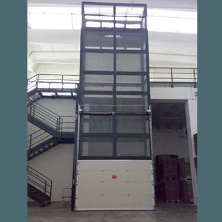 Elevatore trasferibile ad argano