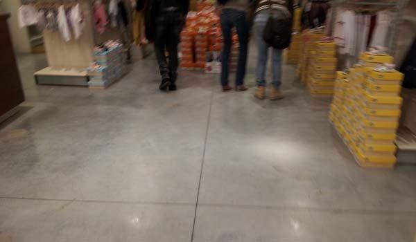 specializzati in pavimenti negozi