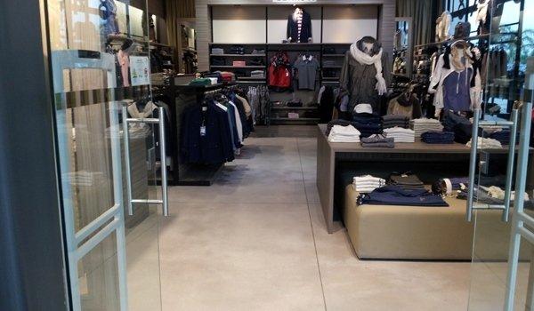 pavimento negozio