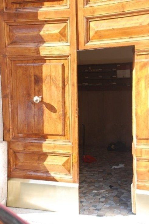restauri di porte e portoni antichi in legno