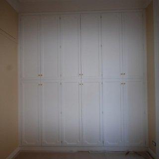 armadi per spazi stretti, montaggio armadio, armadio elegante