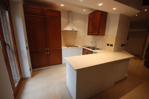 realizzazione di mobili in legno per cucine