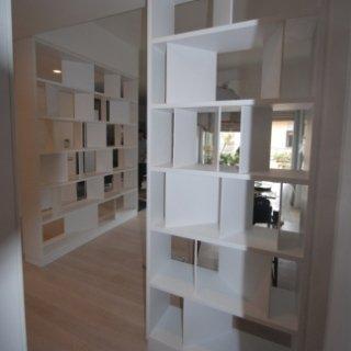 libreria smaltata, libreria laccata, libreria moderna