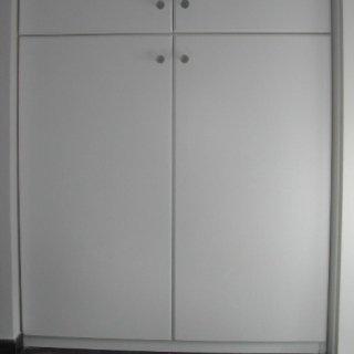 armadio laccato, laccato bianco, armadio verniciato
