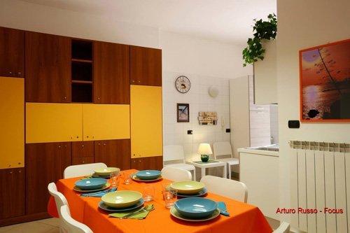 foto di una sala da pranzo