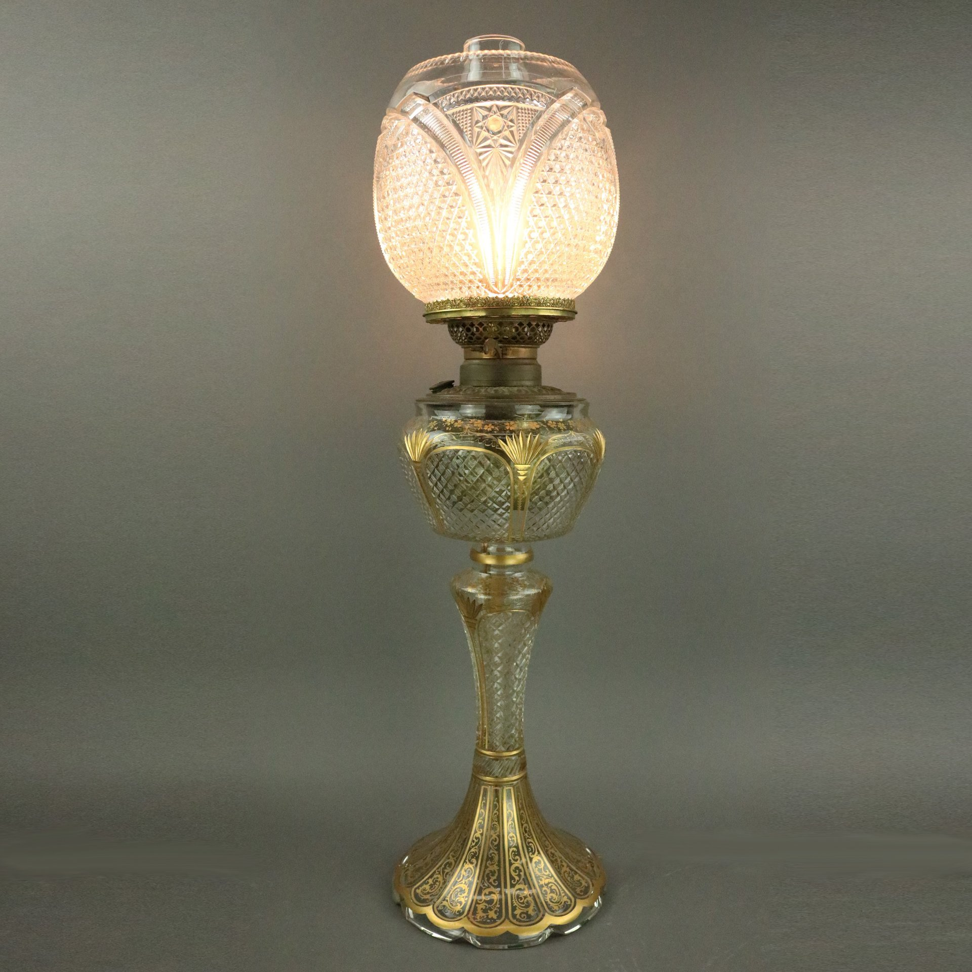 banquet lamp lighting oil lamp Bradley and Hubbard