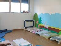 lettini in area relax per bambini