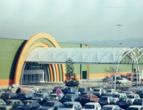 corridoio ingresso commerciale a semicerchio s.musso