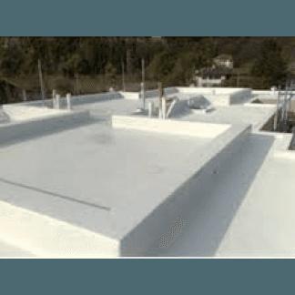 vista di un tetto impermeabilizzato