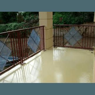 un impermeabilizzazione di una pavimentazione di color rosso