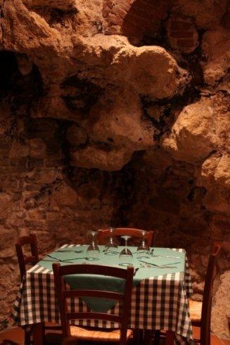 tavolo al Godimento Divino Montepulciano