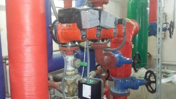 giunti e tubature di un impianto idraulico