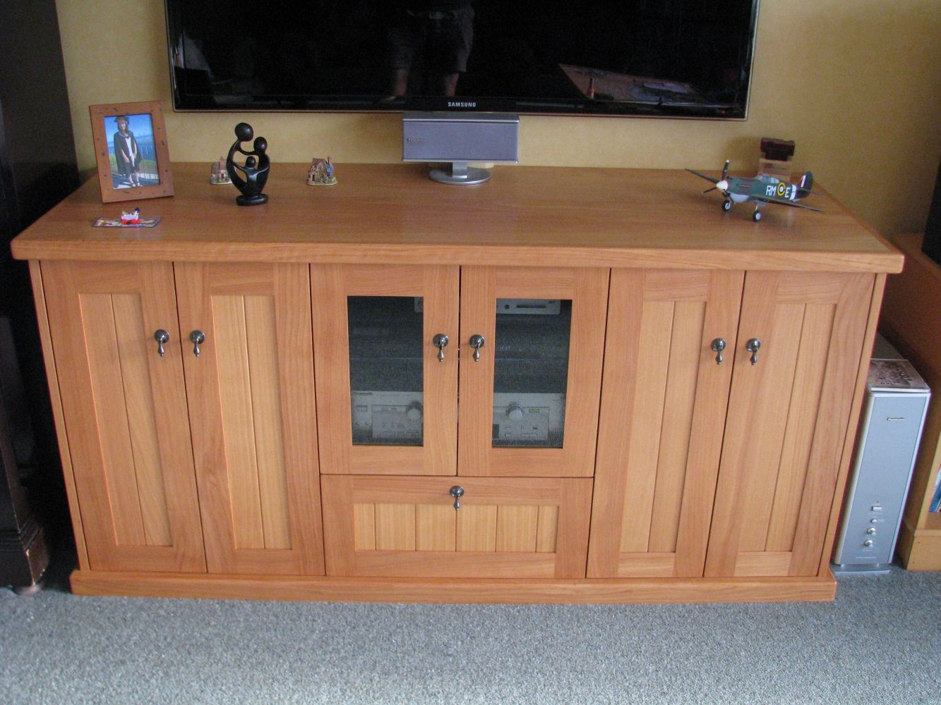 Custom made cabinetry by our expert joiner in Taranaki