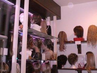 lavorazione parrucche