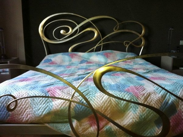 letto in ferro battuto CIACCI in foglia oro
