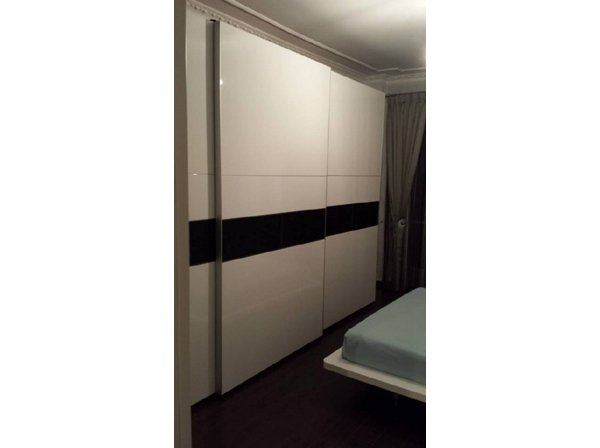 armadio laccato bianco lucido