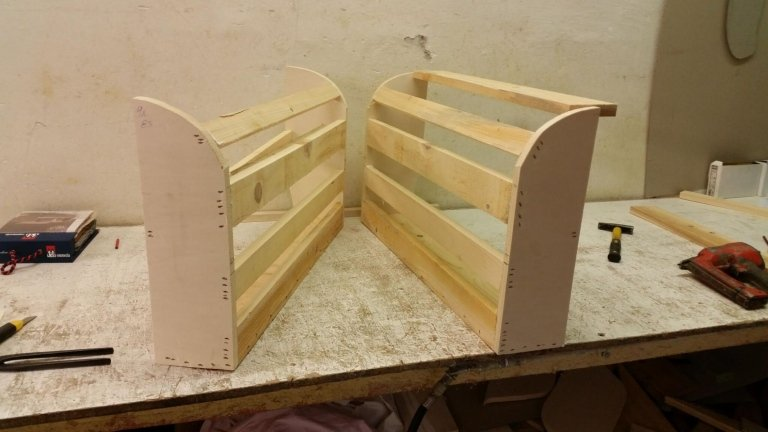 Produzione divano artigianale