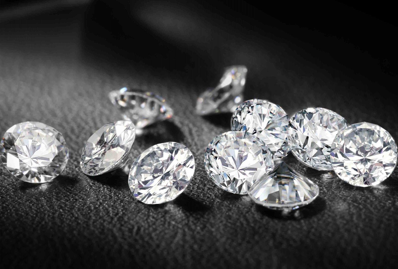 Anello con diamante a Firenze