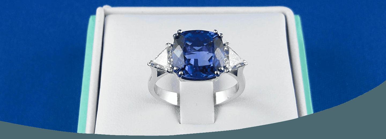 anello con pietra incastonata a firenze