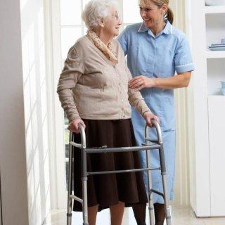 Fisioterapisti a domicilio per anziani