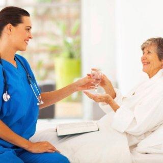 Assistenza anziani infermi