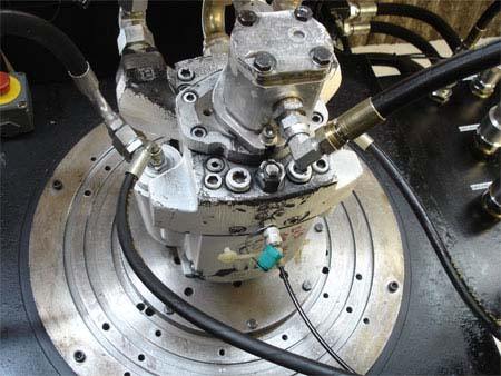 una pompa di color argento