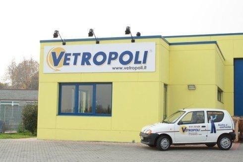 vetropoli auto di cortesia