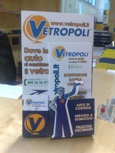 deplian pubblicitario informativo vetropoli