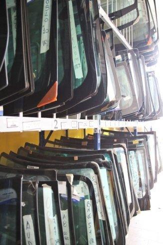 magazzino vetri auto vetropoli