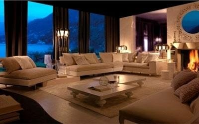 Elegant lounge room