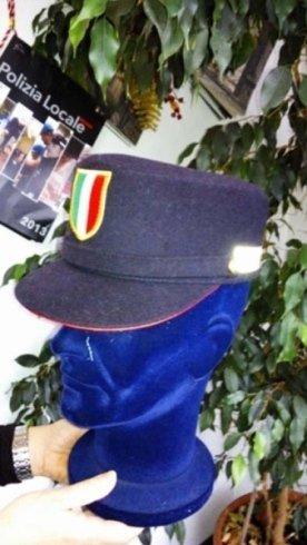berretto in lana, berretto per pilota, divise con cappello