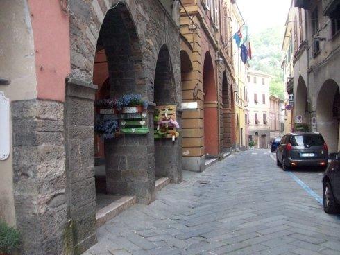 Studio Notaio Giraldi Simona - Pieve di Teco - C.so M. Ponzoni, 126