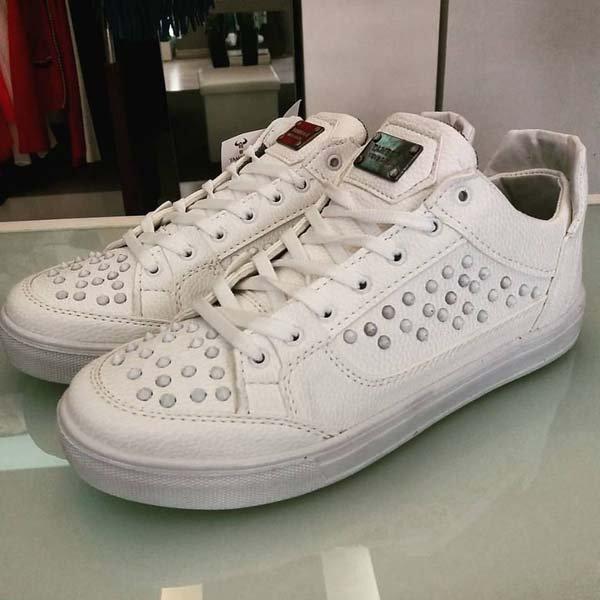 scarpe bianche con perline