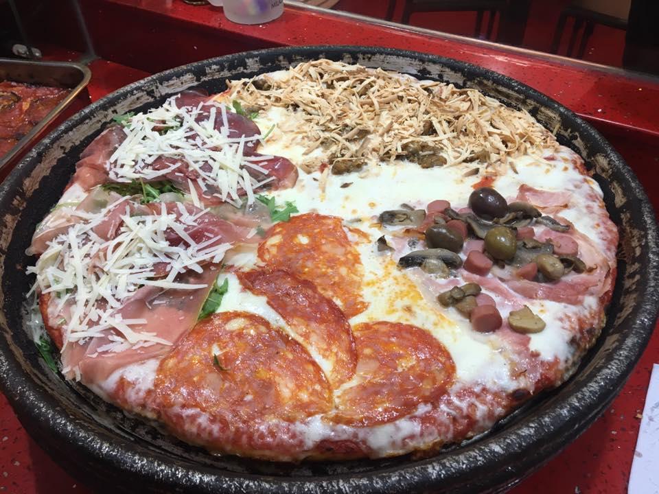 pizza al trancio di diversi gusti