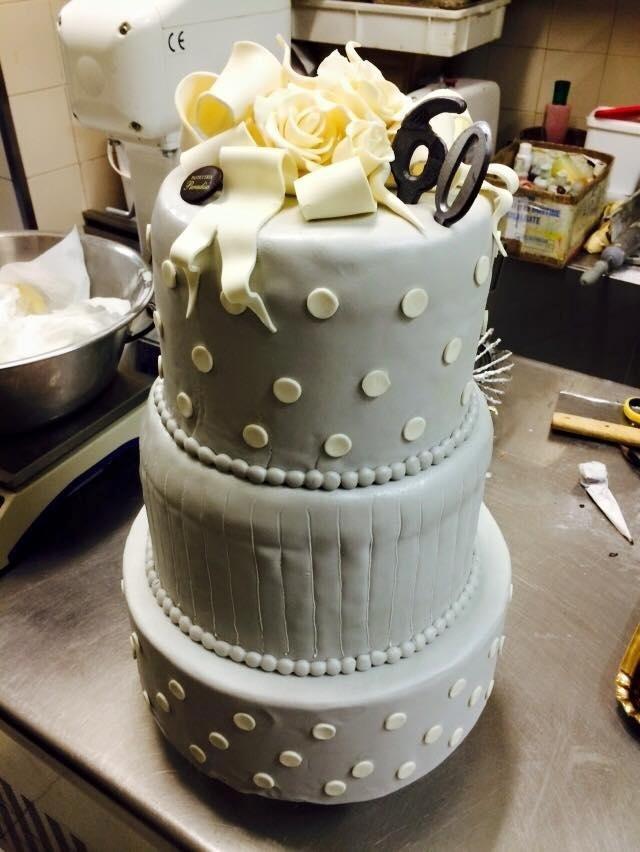 torta di anniversario