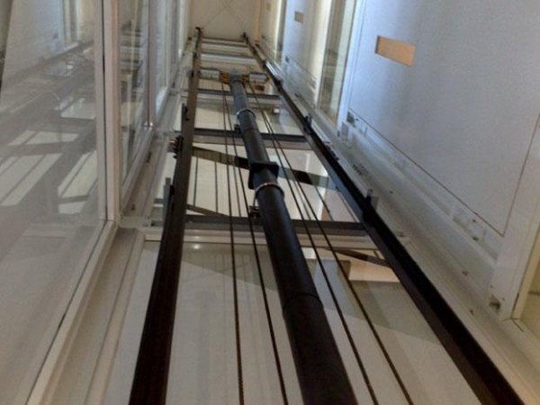 Installazione elevatore in vano scala