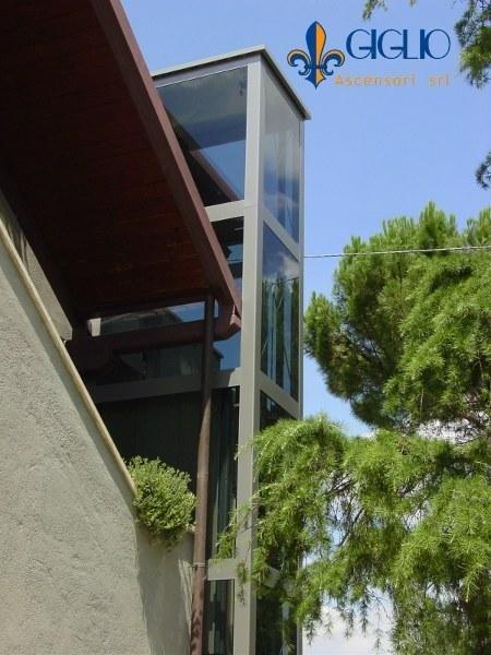 Installazione elevatore in villa