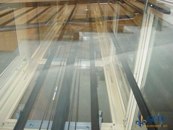Piattaforma elevatrice in vano scal
