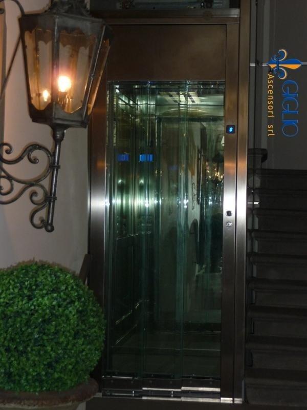 Installazione ascensore Piazza de
