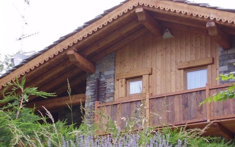Rivestimenti in legno e arredamento