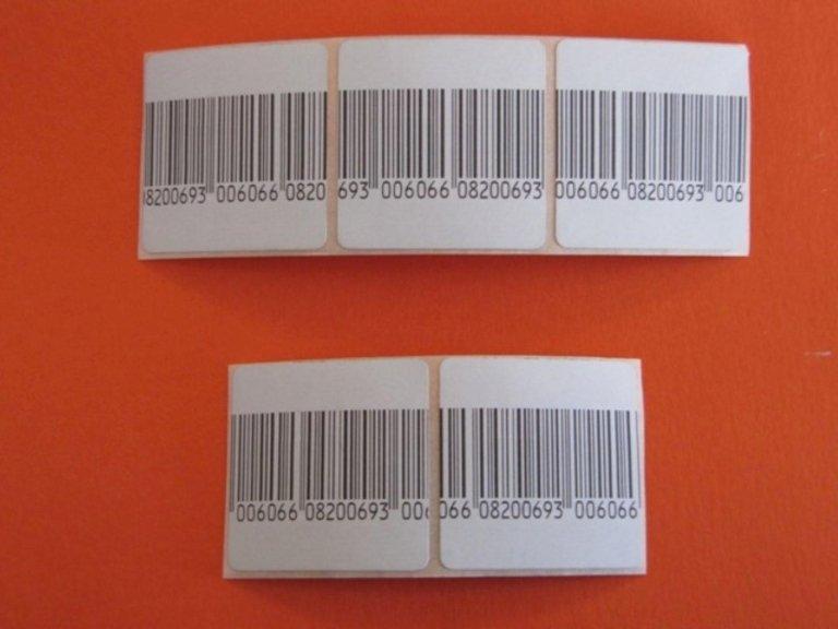 Etichette con codici a barre