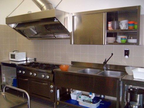 Cucina attrezzata, fuoco, mangiare bene, cibo