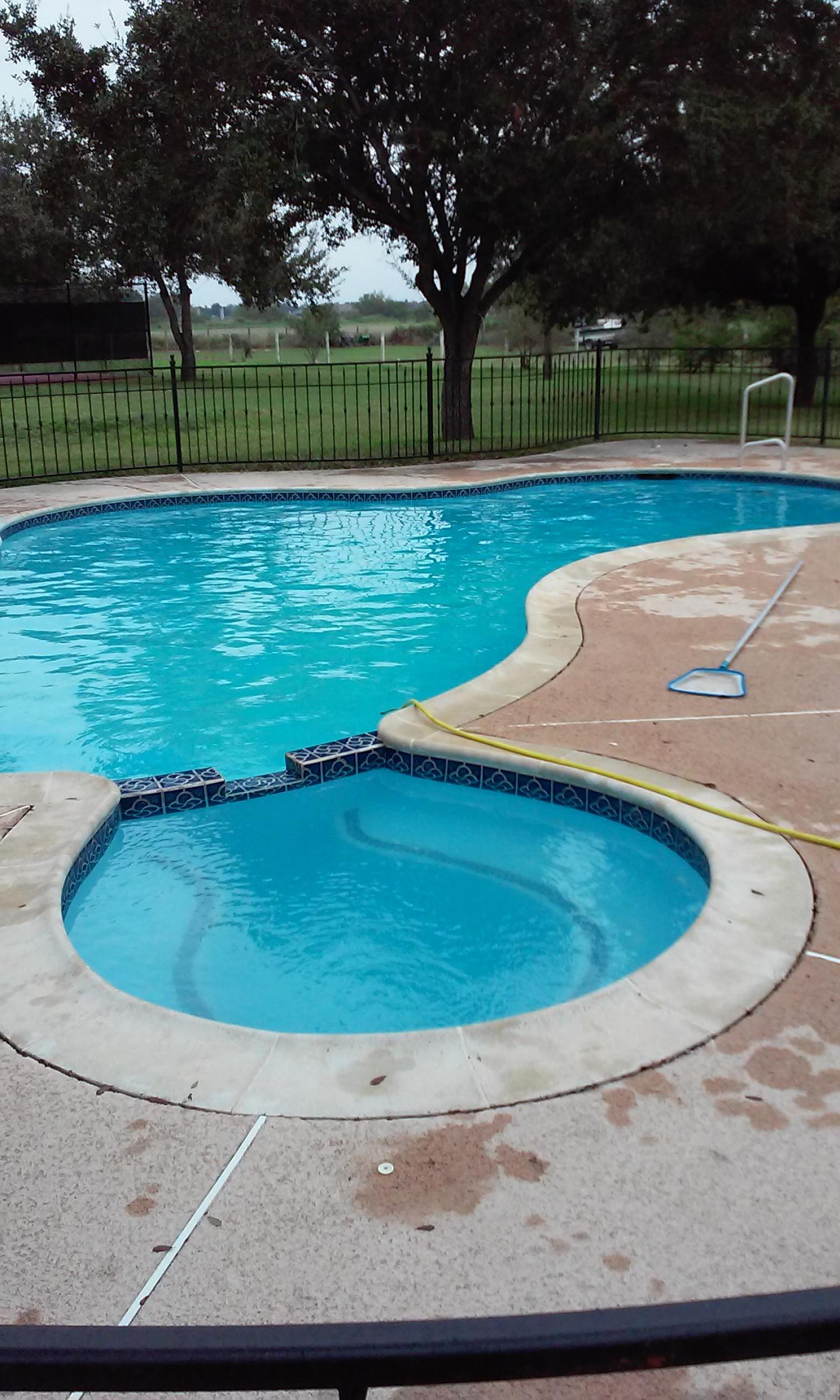 Paradise Pool Service in McAllen TX