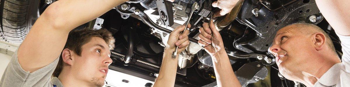 colgrave chris automotive mechanics at work