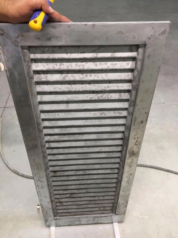 una griglia in ferro