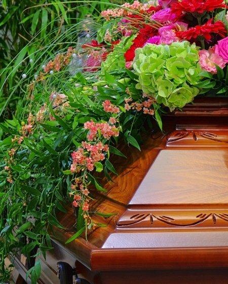 Organizzazione completa servizio funebre