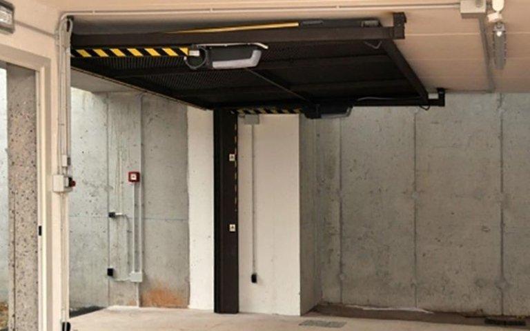 meccanismo di sollevamento porta di un garage