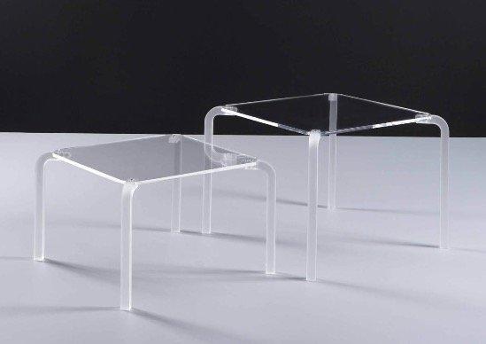coppia di tavolini