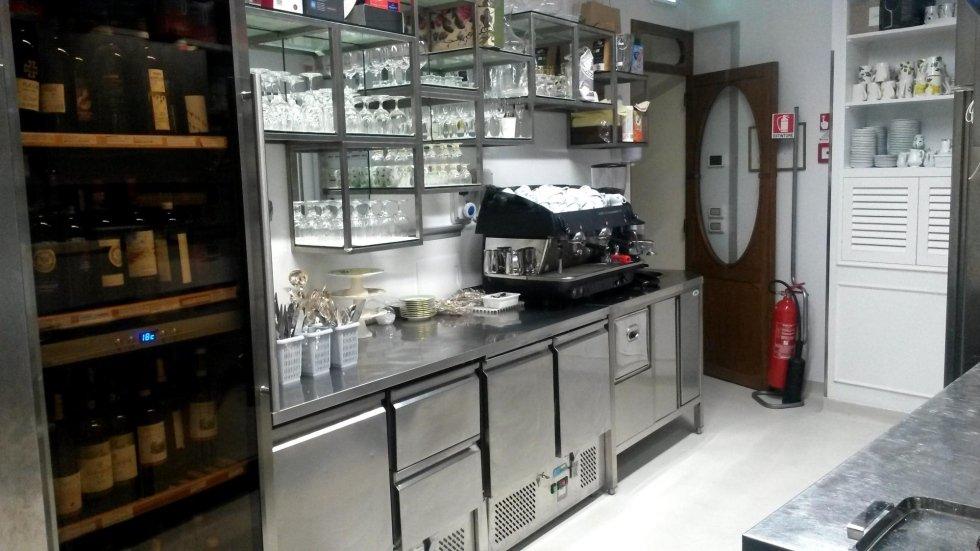 CUCINA PROFESSIONALE INOX MACCHINA CAFFè