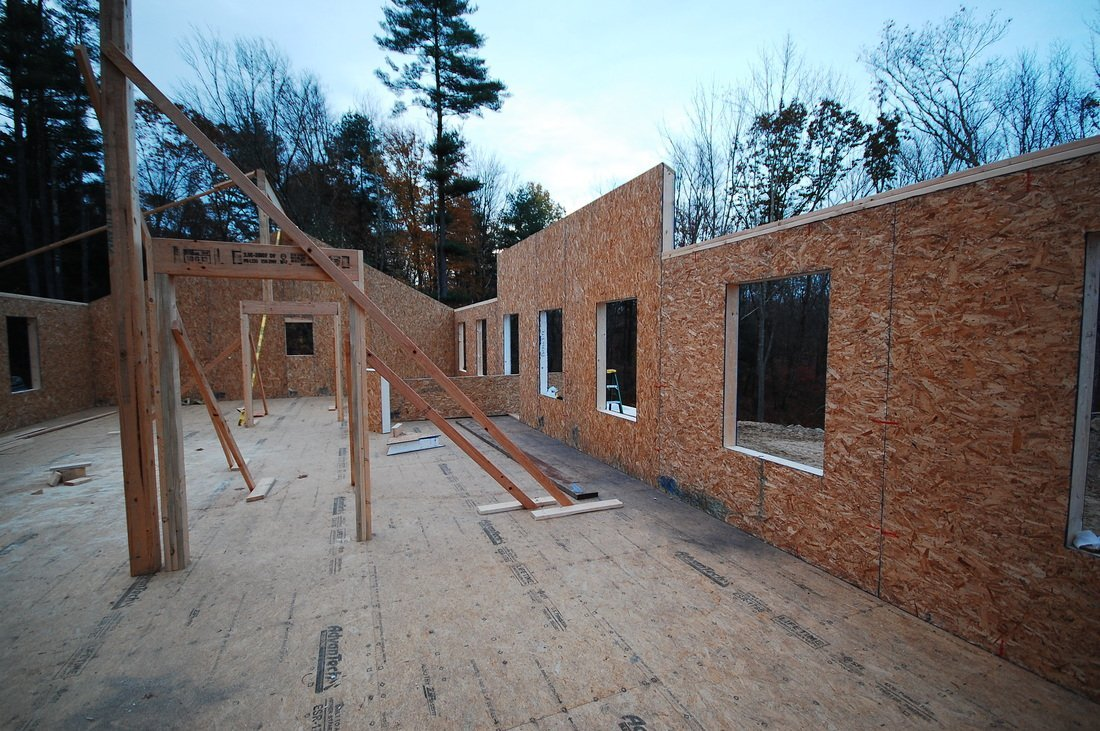 walls constructed with structural insulated panels - SIP Building Solutions - Westport, Fairfield, Stamford, Greenwich, Danbury CT